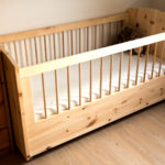 Kinderbett in Zirbe
