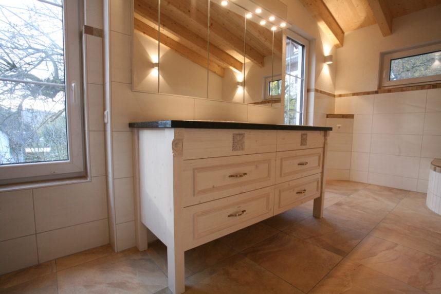 Waschbeckenunterschrank im Landhaus Stil   Schreinerei Burkhardt