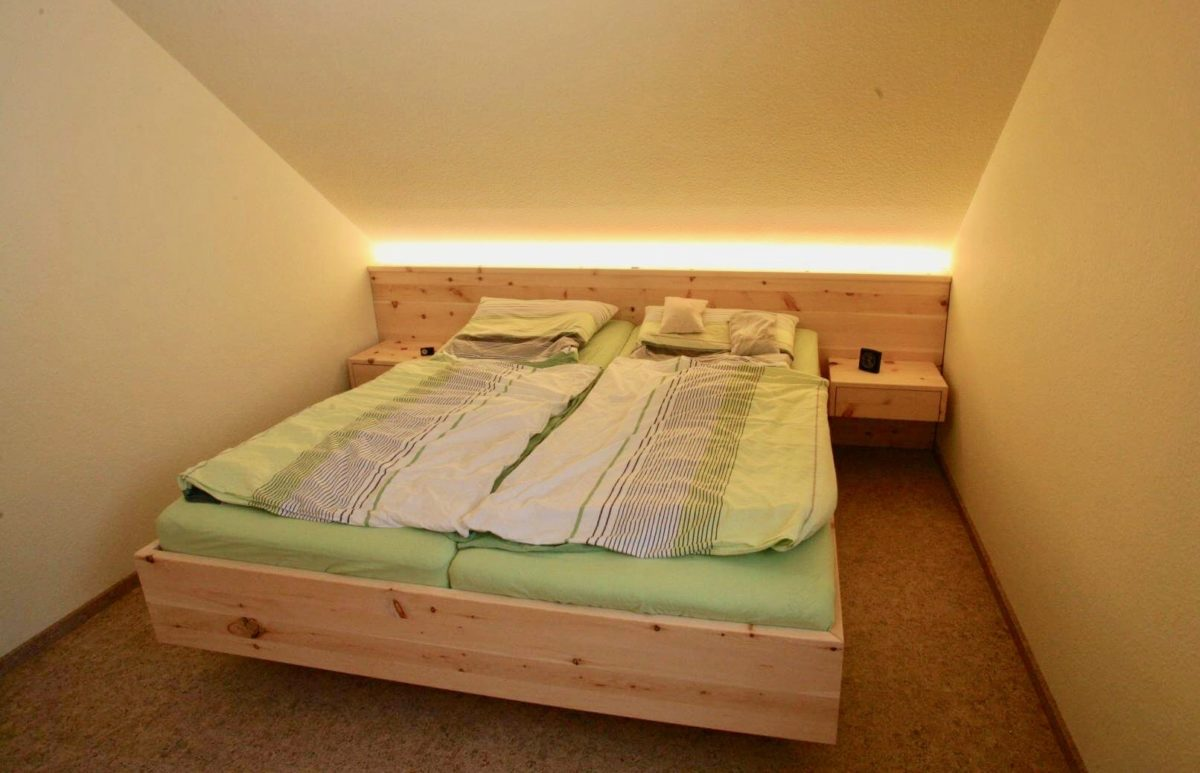 Bett | Schlafzimmer | Zirbe