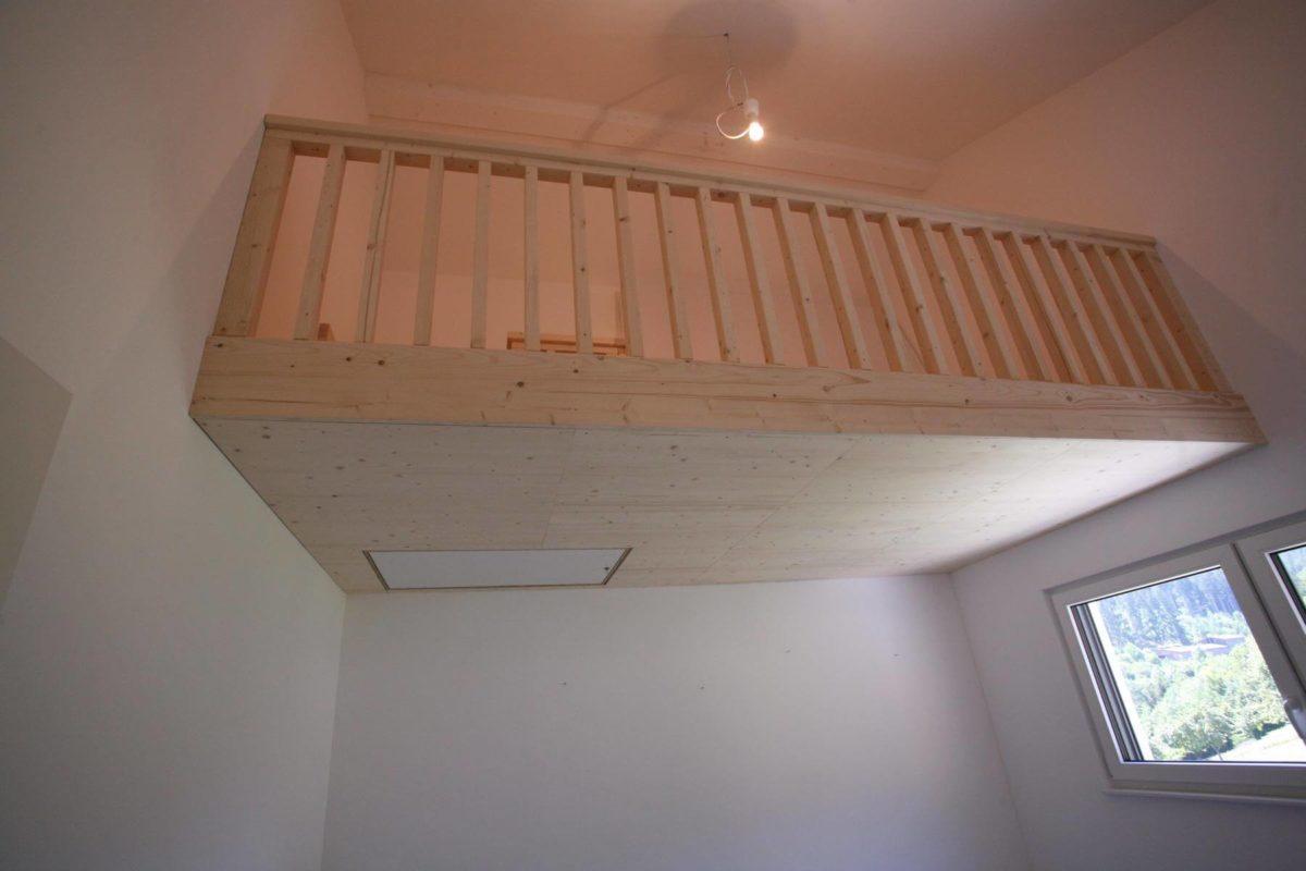 Zwischendecke für Gästezimmer   Geländer unten